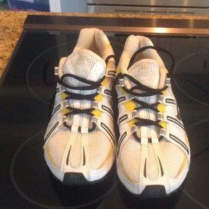 cheap for discount 79e23 caebb Nike Shoes - Custom Iowa Hawkeyes NIKE shox